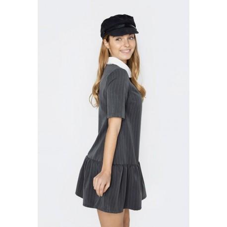 Vestido Fiona gris, raya diplomática, de Maggie Sweet,  a  la venta en El Miracle tienda boutique en Valencia