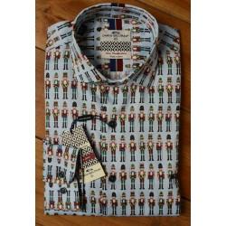 Camisa soldados de plomo de Dario Beltrán, a la venta en El Miracle, tienda en Valencia.